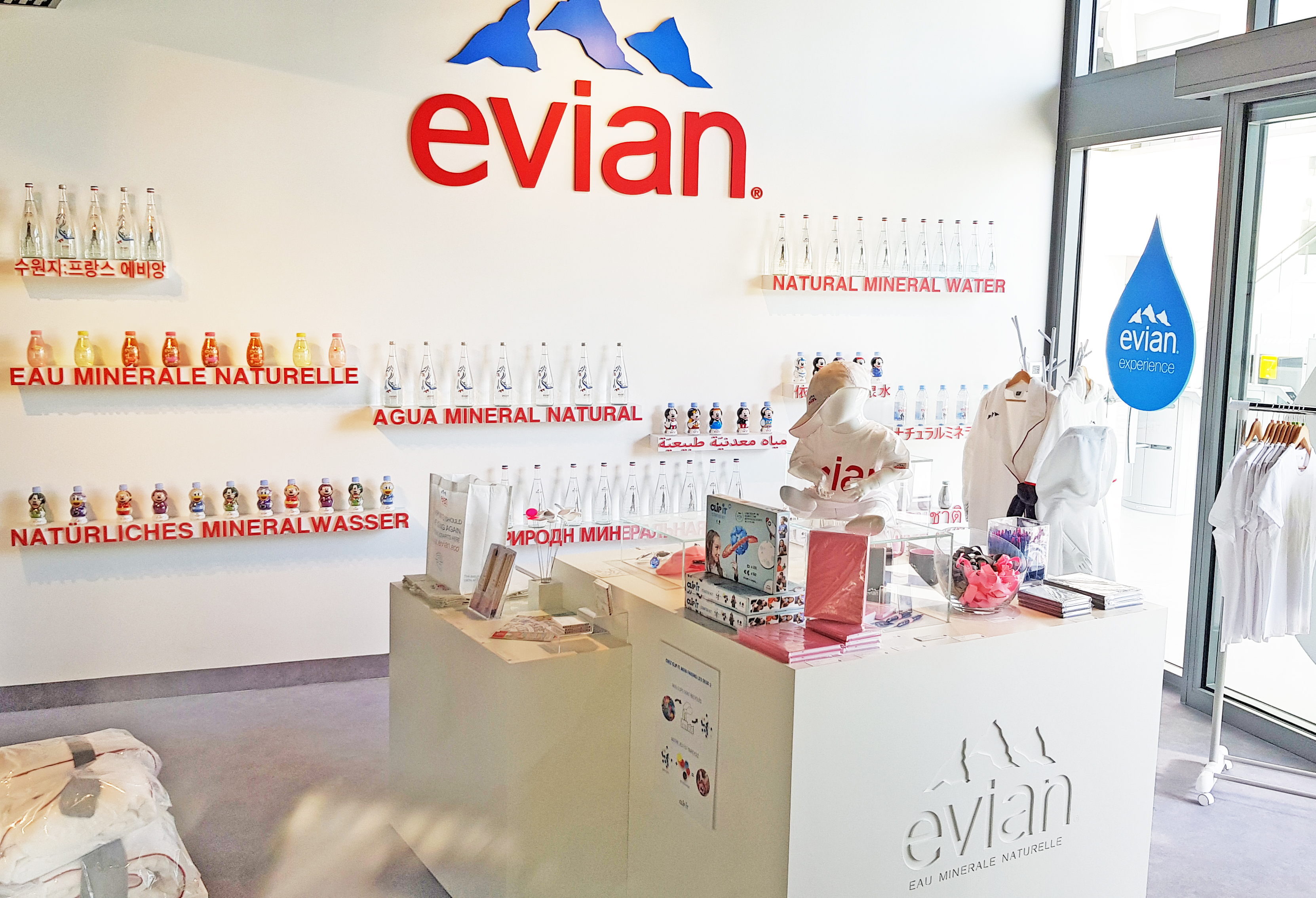 distributeur clip it Evian